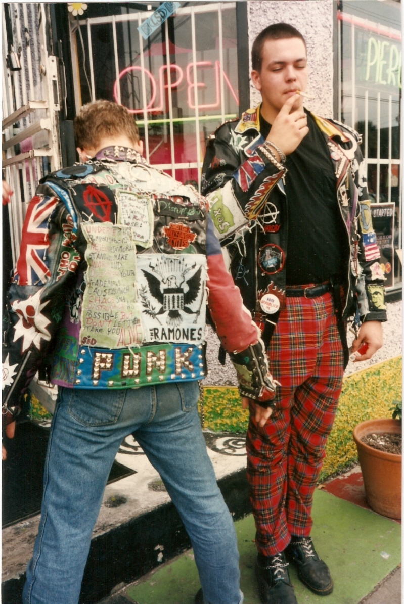 outside of love street diva montrose clothing shop montrose 1990s