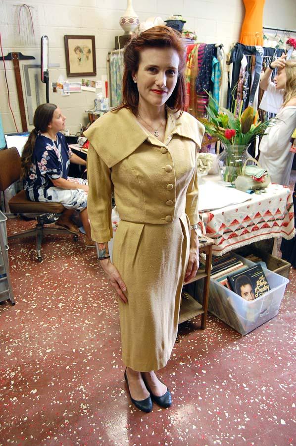 1940s Fashion | Attendee | Eado Vintage |Eado Vintage Grand Opening