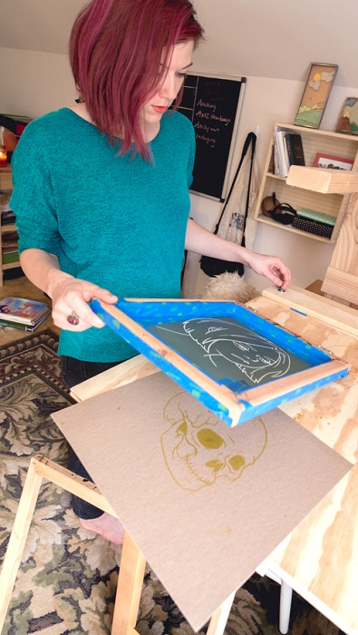 Lauren Feehery el Fury etsy shop working in her studio