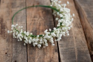 babys-breath-flower-crown
