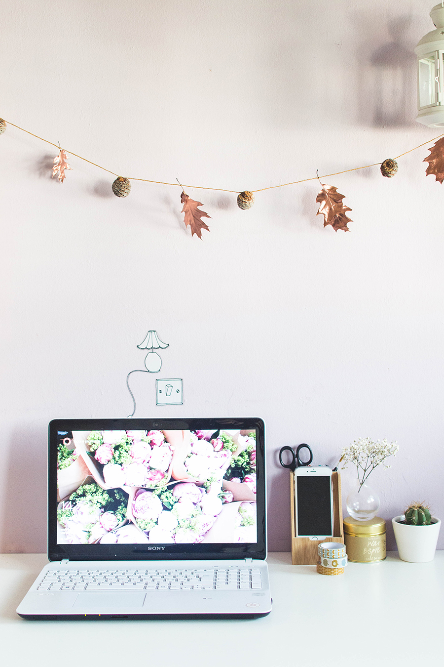 Easy DIY Autumn Garland Tutorial - perfect for your workspace!