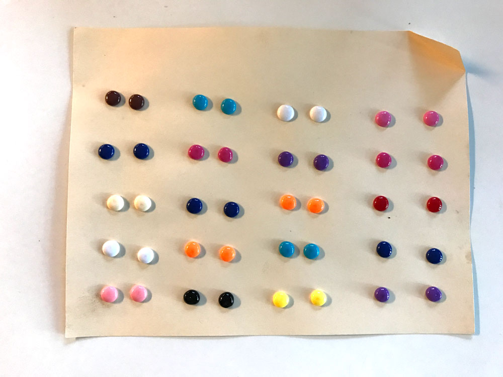 pony-beads-after-the-oven-diy-candy-button-earrings