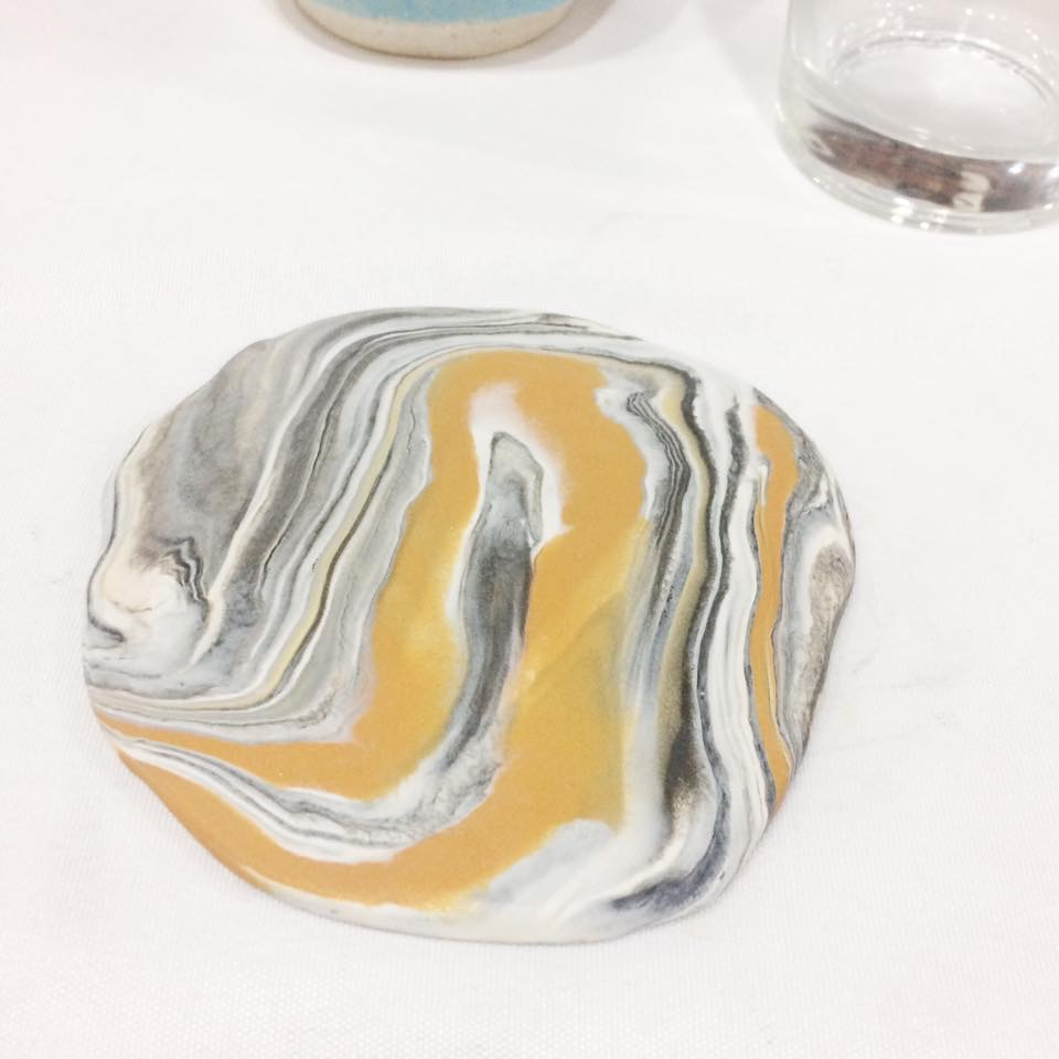 flatten the clay - diy clay marbling
