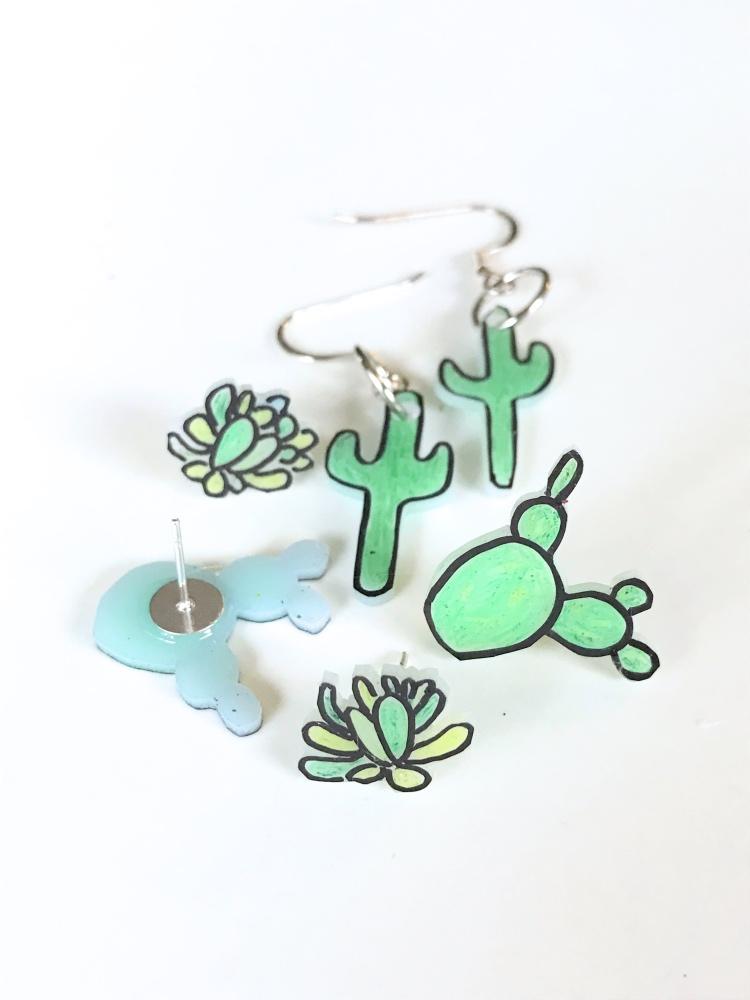 diy cactus earrings final shot succulent earrings